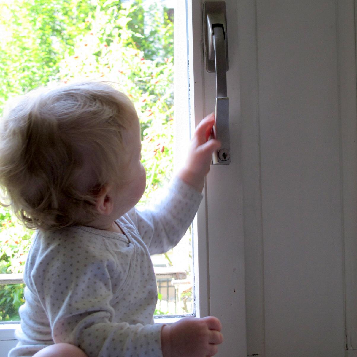 Balkonsicherung Kind